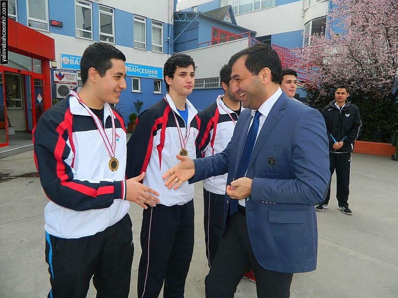 Türkiye Şampiyonu Yalova Bahçeşehir Koleji