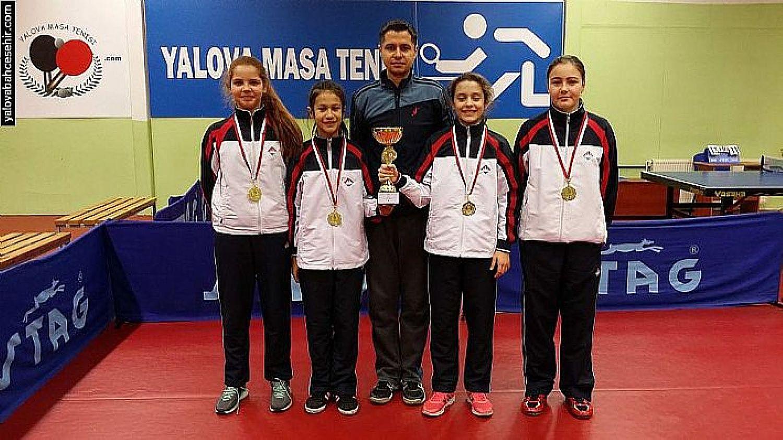 2016 İl Şampiyonu Yalova Bahçeşehir Koleji