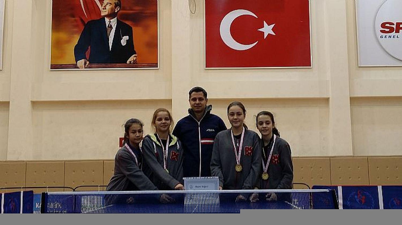 2016 Bölge Şampiyonu Yalova Bahçeşehir