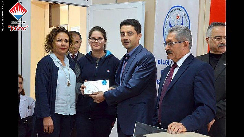 Oktay Sinanoğlu Fen Bilimleri Yarışması Birincisi Yalova Bahçeşehir