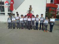 23 Nisan Ulusal Egemenlik ve Çocuk Bayramı Etkinlikleri kapsamında düzenlenen futbol müsabakalarında derece alan öğrencilerimiz.