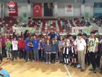 23 Nisan şenliklerinde derece yapan öğrencilerimiz ödül törenine katıldı.